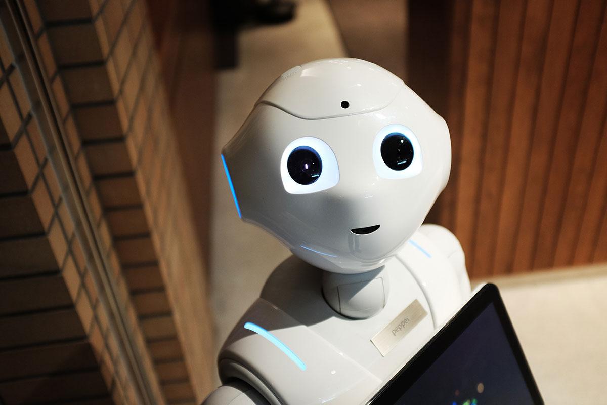 RPAとは?AIとの違いは?RPAエンジニアの年収・将来性など簡単に説明